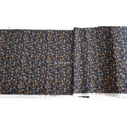 100% Cotton Antique Door Key Design, Quilting Treasure Fabric-Craft/Sewing/Interior