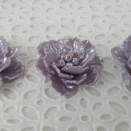 EMBELLISHMENT APPLIQUE-SHELL PURPLE  BUD WITH PEARL