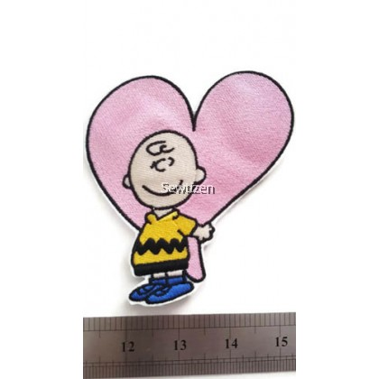 EMBROIDERY APPLIQUE - HEART SNOOPY